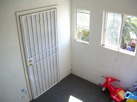 frontdoordouglasDSCN0145.jpg