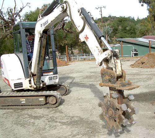 excavatorwheelDSCN0481.jpg
